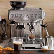 may-pha-cafe-01-group-breville870-d