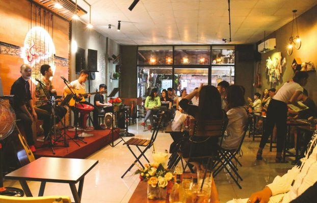 mở quán cafe để đảm bảo kinh doanh thành công